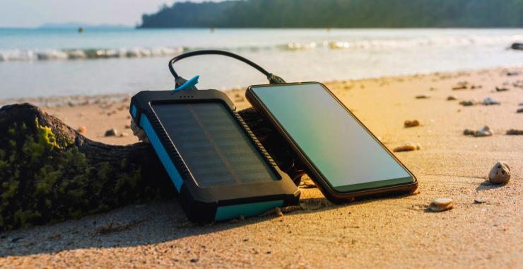 Je smartphone opladen met zonne-energie? Het kan!