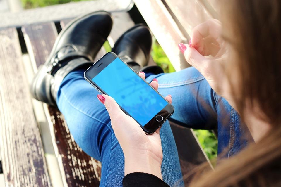 Helft van consumenten stapt over naar ander mobiel abonnement
